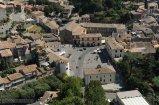 """3 - Bolsena è un comune italiano di 4.235 abitanti della provincia di Viterbo, nel Lazio, famosa per essere denominata """"La città del miracolo eucaristico"""" dando origine al Corpus Domini. Dista circa 30 km da Viterbo."""