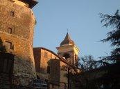 5 -Gradoli. Palazzo Farnese e il campanile di Santa Maria Maddalena al tramonto