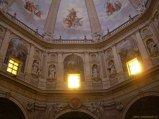 9 -Interno, affresco della cupola