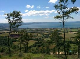 27 -Panorama del lago di Bolsena dal monte Landro-tempio-etrusco