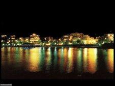 36 -Crotone, lungomare di notte.
