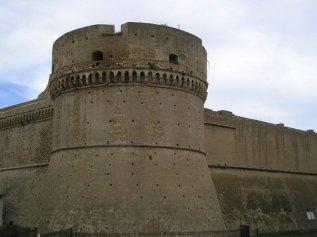6 -Crotone. Castello La Torre Comandante