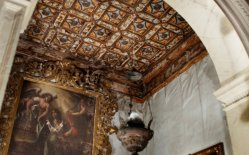 18 -Castello Caccuri, interno