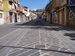 10 -Vibo Valentia. Corso-Vittorio-Emanuele, luogo di incontri e conversazione
