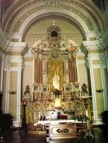 15 -Vibo Valentia, interno Duomo. l'altare maggiore.