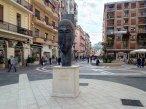 11 - Cosenza, altre opere. Testa di cariatide, di Amedeo Modigliani nel Museo all'aperto Bilotti.