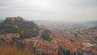 1 - Cosenza. Panorama della vecchia città ai piedi del Castello Normanno-Svevo e nella valle la città nuova.
