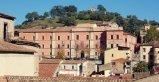 48 -Cosenza. La sede, Palazzo Arnone, fu eretto nel primo Cinquecento,da Bartolo Arnone e fu venduto allo stato prima di essere completato