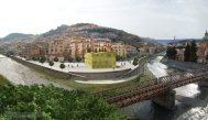 2 - Cosenza, il capoluogo di provincia più a nord della Calabria, sorge sui sette colli nella valle del fiume Crati, alla confluenza di quest'ultimo con il Busento.