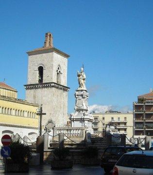 11 -Benevento-La fontana delle Catene, dedicata a Papa Orsini