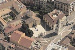 13-Benevento-panorama dall'alto della chiesa di Santa Sofia. Dal 2011 la chiesa di Santa Sofia, edificata nel 760 dal duca longobardo Arechi II, è entrata a far parte del Patrimonio dell'umanità UNESCO.