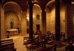 16 -Benevento, interno della chiesa di Santa Sofia. Si tratta di una delle chiese più importanti della Langobardia Minor giunta fino ai giorni nostri, notevole soprattutto per la sua originale pianta stellare e la disposizione insolita dei pilastri e delle colonne.