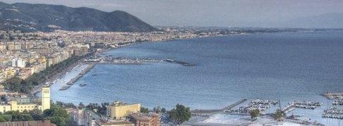 3 - Salerno, panorama porto