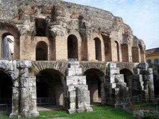 29 -Benevento - Anfiteatro esterno