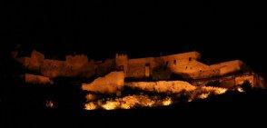 5 -Salerno. Veduta del Castello di Arechi di notte.