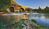 30 -Benevento. Il Ponte Leproso era l'attraversamento sul fiume Sabato tramite il quale la via Appia arrivava in città per poi riprendere verso la svolta di Brindisi e, quindi, per l'imbarco dell'Oriente. Fu costruito probabilmente dal censore Appio Claudio Cieco nel III secolo a.C