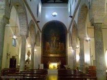 31 -Salerno. Interno della chiesa del Santissimo. Crocifisso.