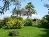 38 - Benevento. Villa Comunale: la cassa armonica