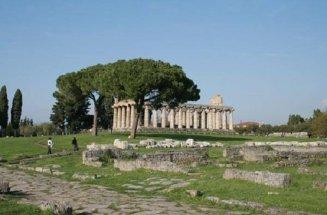 48 -Il Parco Archeologico di Paestum, in provincia di Salerno