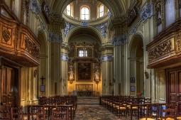 24 -Avellino. La Chiesa del Santissimo Rosario, interno.