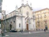 23 -Avellino. La Chiesa del Santissimo Rosario viene edificata ad Avellino nel 1942 in Via Malta, anche se ha la facciata lungo il Corso Vittorio Emanuele II, ed è gestita dai Padri Domenicani.