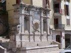 9 -Avellino- Oltre alla torre dell'Orologio c'è un altro monumento che viene eletto a simbolo cittadino di Avellino. Si tratta della fontana dei Tre Cannoli, situata in Strada delle Puglie. Oggi chiamata la Fontana Bellerofonte