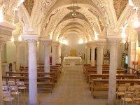 15 -Avellino. La cripta romanica del Duomo