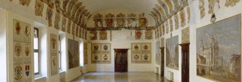 11 -Ferrara, interno del castello estense, sala degli stemmi