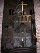 20 -Santo_Sepolcro_a_Bologna_-_Pulpito_2