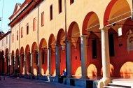 37-La Pinacoteca di Bologna, oltre a svolgere una funzione puramente espositiva, si occupa della tutela, della conservazione e dello studio di tutto il patrimonio artistico regionale e cittadino.