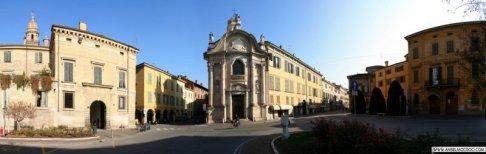 33 -Reggio Emilia Oratorio del Cristo, in corso Garibaldi e Piazza Roversi