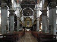 31 - Parma - Abbazia di S. Giovanni Evangelista. L'interno è a croce latina e ha tre navate coperte da volte a crociera, e cupola all'intersezione del transetto.