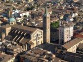 2 -Veduta aerea della Cattedrale di Parma