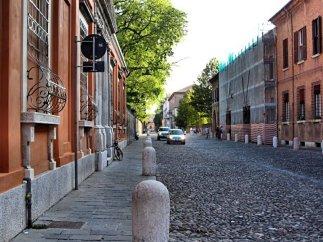 42 -Ferrara. Corso Ercole I d'Este in direzione Castello
