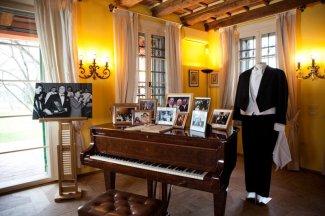 37 -Casa Museo Luciano Pavarotti, interno