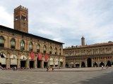 12 -Bologna-Piazza_Maggiore e Palazzo Accursio
