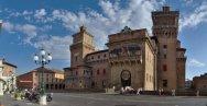 9 -Panorama del castello di Ferrara