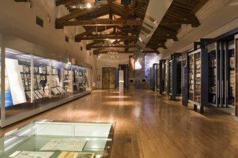 47 -Modena. Museo della Figurina, interno