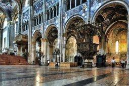 7 -Duomo Parma Interno