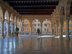 29 -Udine. Loggia_del_Lionello