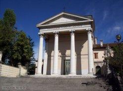 51 -Udine-Il santuario della Beata Vergine delle Grazie, meglio conosciuta come Madonna delle Grazie (Madone di Gracie in friulano), è una delle più importanti chiese di Udine, situata in pieno centro città.