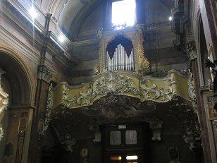 19 -Rieti. Chiesa di San Rufo. Controfacciata_ organo