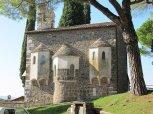 13 -Gorizia Cappella santo spirito vista di lato.