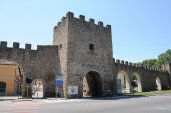 31 -Porta_D'Arci,_Rieti_