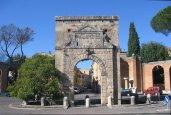 32 -Rieti. La collocazione attuale di Porta Romana