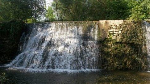 19 -Frosinone, ecco labellissima cascata dello schioppo ravvicinata.