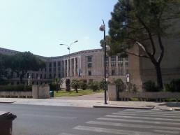 23 -Palazzo M , caratteristico edificio di epoca fascista, chiaro omaggio a Mussolini