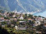 3 -Prov. di Salerno. Ravello. La costiera amalfitana è piena di piccole città e giardini. Fra le quali vi è Ravello.