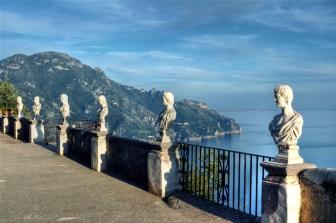 45 --Villa Cimbrone. La Terrazza dell'infinito.