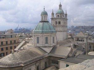 85 -Genova. Panorama sulla Cattedrale di San Lorenzo.